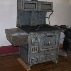 Kitchen Cook Stoves Glazed Cabinets Wood Queen And Bakers Oven